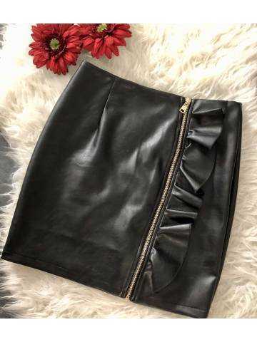 Ma jupe style cuir noire et volant