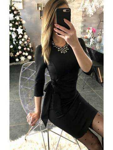 "Ma robe noire ""nouée"""