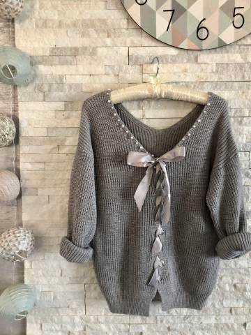 "Mon pull gris ""col perle et dos ruban"""