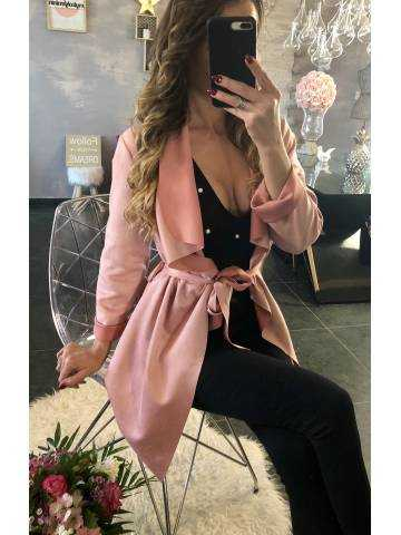 "Veste mi-longue rose pâle ""fluide et ceinturée"""