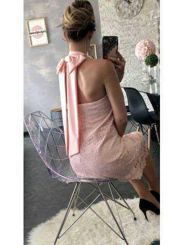 "Ma superbe robe rose pâle ""dentelle et dos nu"""