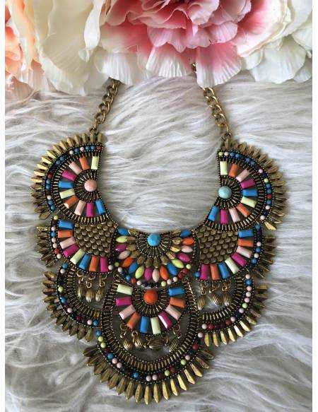 """Collier plastron """"coquillage color"""""""