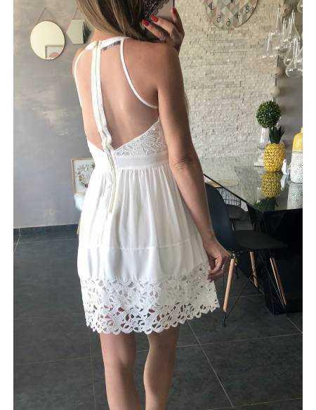 Ma superbe robe blanche