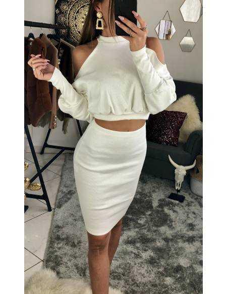 Ensemble côtelé top manches longues et jupe blanc