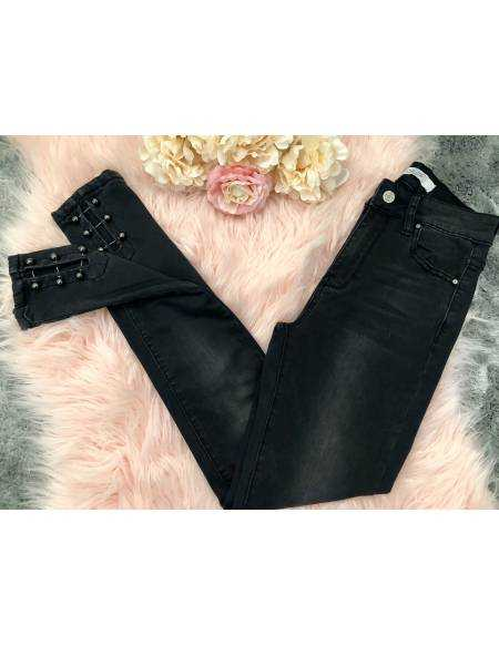 """Mon new jeans gris foncé """"chevilles et perles blanches"""""""