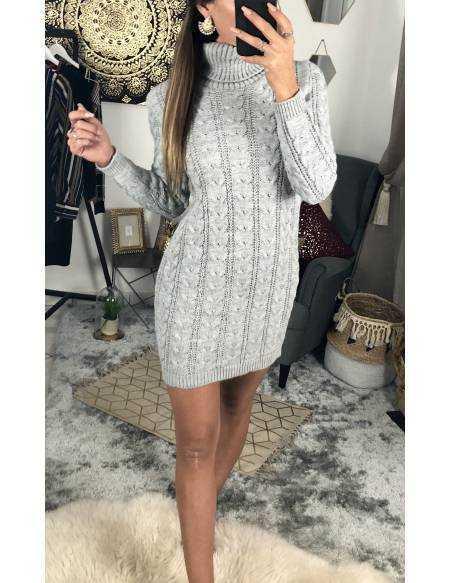 Ma jolie robe en maille grise