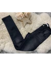 """Mon jeans noir délavé """"jolies chevilles et strass"""""""
