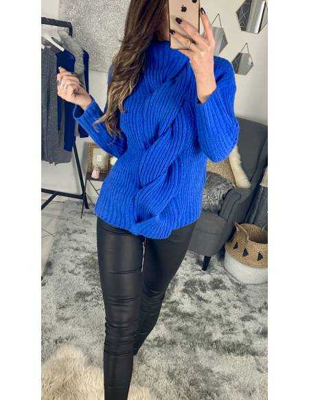 Mon superbe pull bleu doudou
