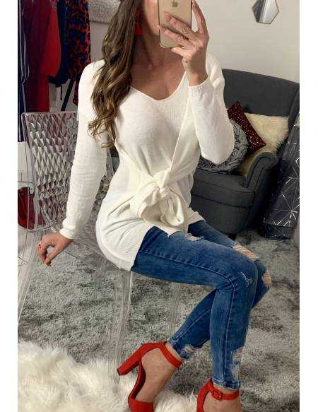 Mon pull blanc mi-long