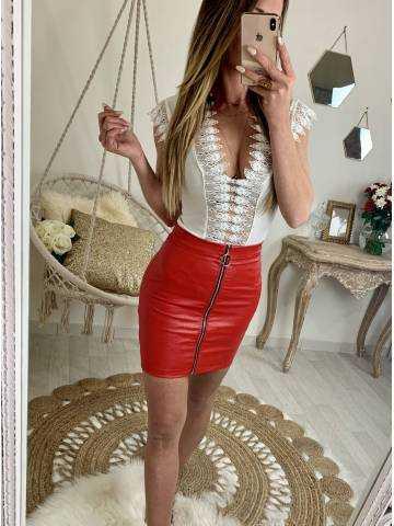 "Ma petite jupe style cuir rouge""zippée"""