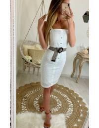 Ma jolie robe blanche broderie et col droit