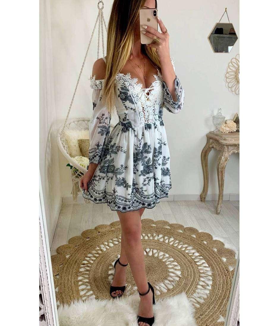 "Ma jolie robe blanche  ""macramé et dentelle"""