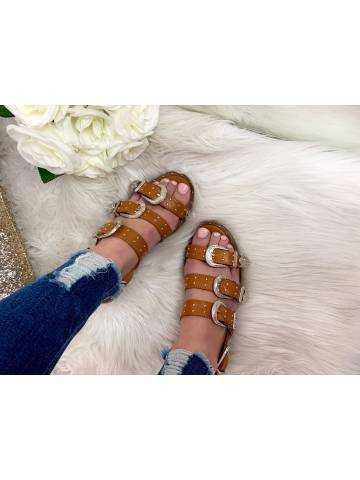 Mes sandales camel et boucles argent