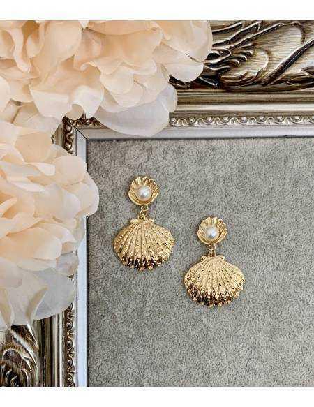 "Mes jolies boucles d'oreilles ""coquillage gold"""