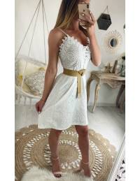 """Ma jolie robe blanche broderies """"col lacet"""""""