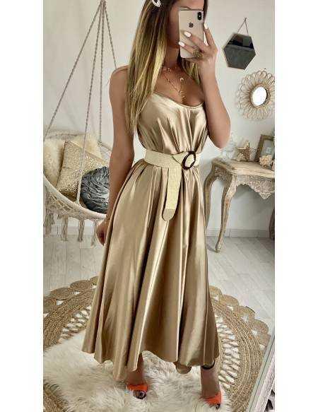 f82bf9eedb9 Ma jolie robe longue gold satiné