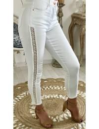Pantalon blanc 7/8ème et dentelle