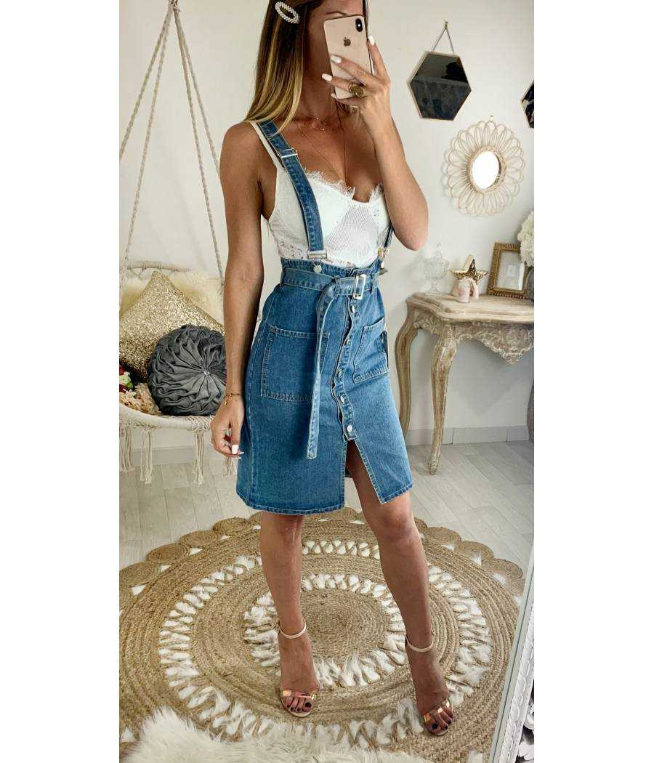 Ma jolie jupe en jeans taille haute et bretelles