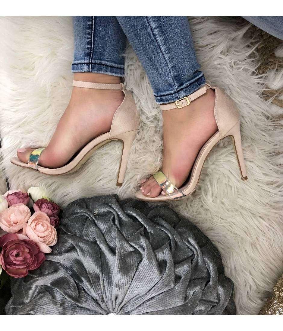 Mes jolies sandales à talon style daim beige rosé 2