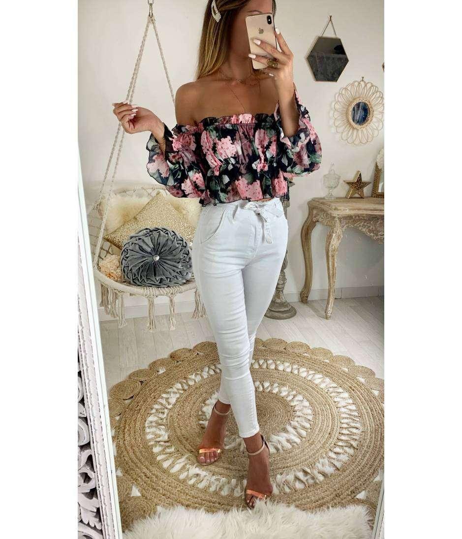 Ma blouse courte en voilage et flowers