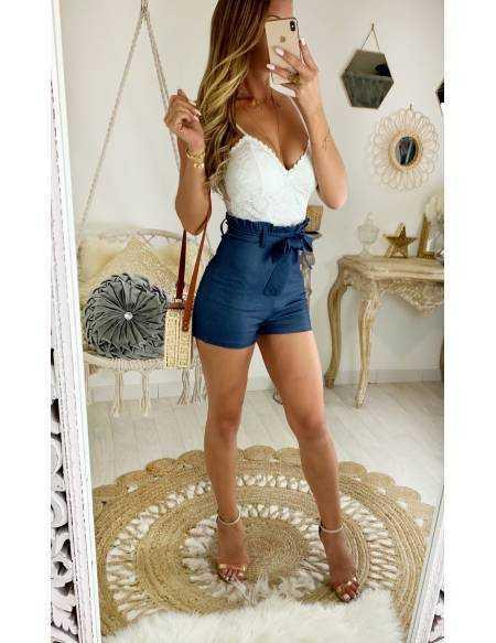 Ma jolie combi-short buste en dentelle et style jeans
