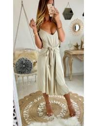 Ma superbe robe beige nouée