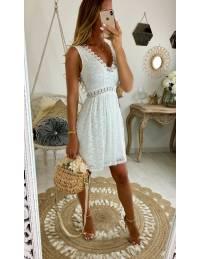 Ma superbe robe blanche jolie dentelle