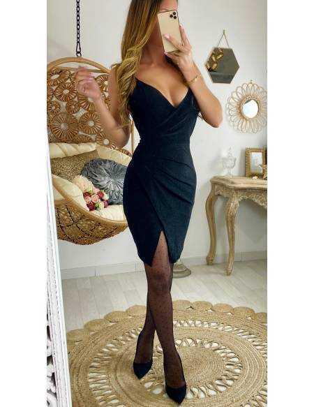 """Ma robe noire """"scintillante et drapée"""""""