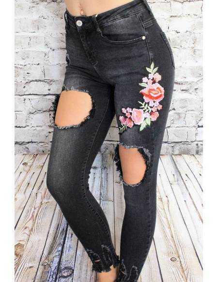 """Mon jeans noir délavé Brodé """"jolies roses"""""""