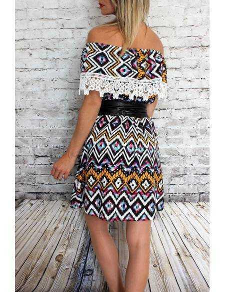 Petite robe imprimée coloré dentelle et volant